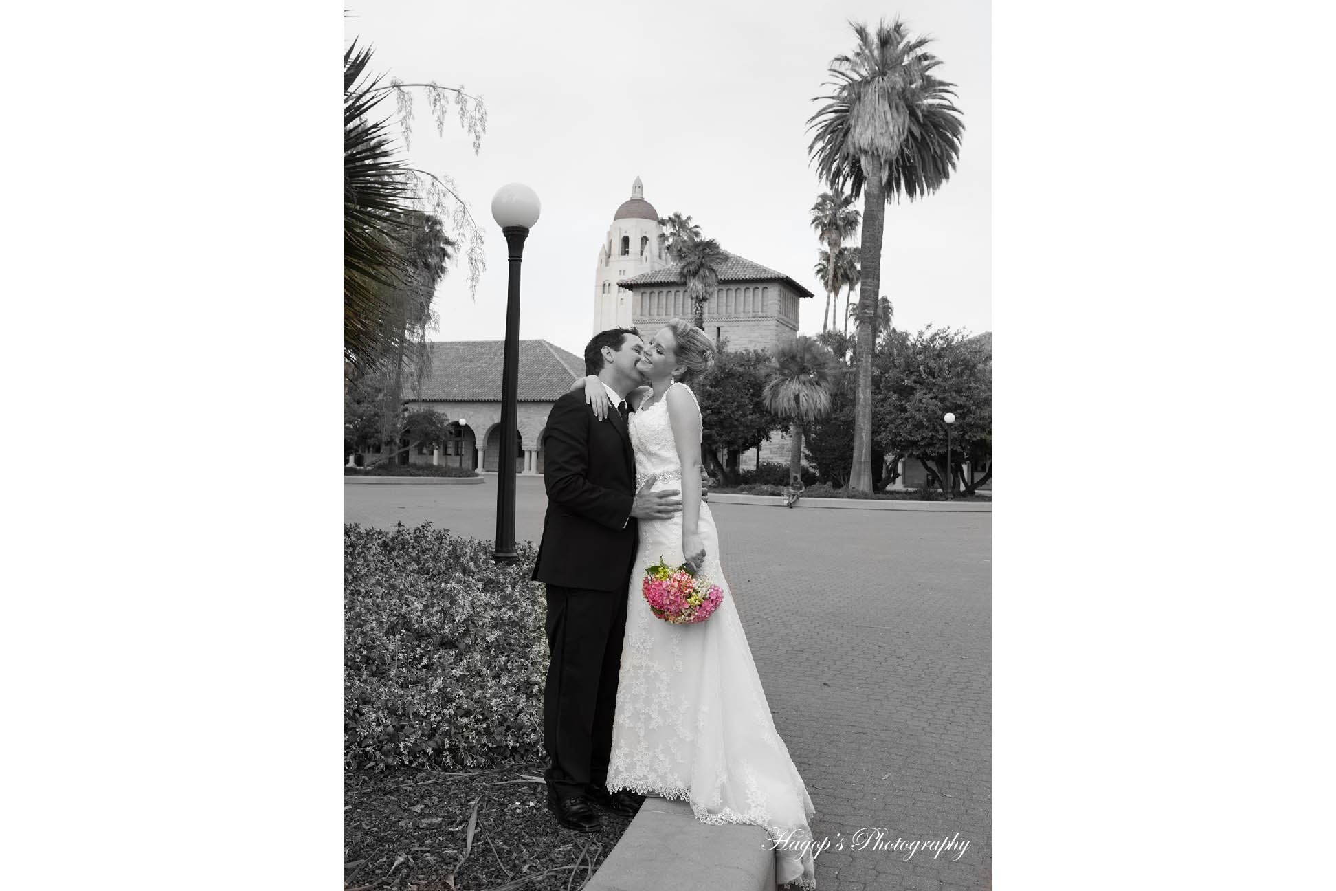 bw color mix romantic photo of the married couple