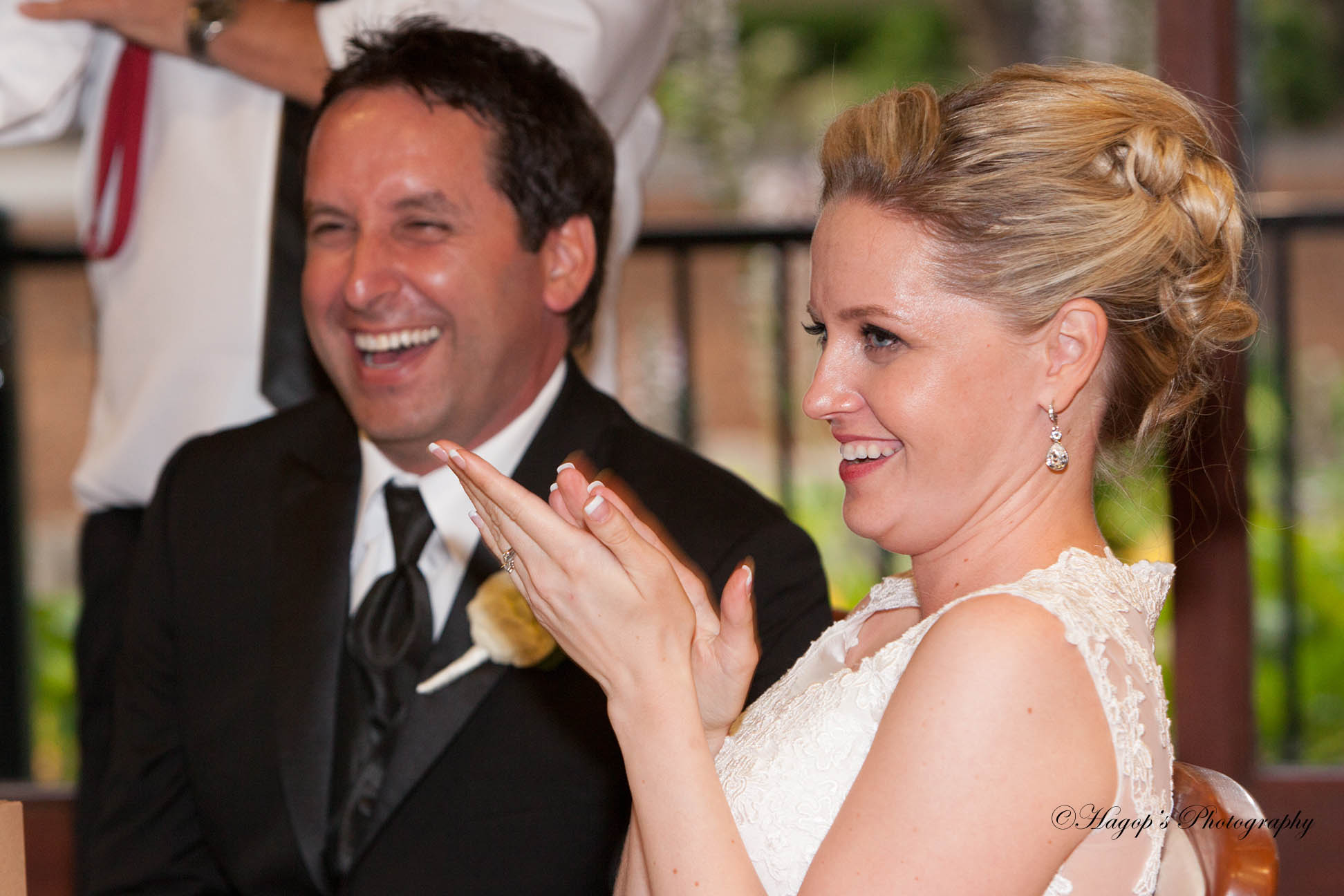 married couple reaction to the best man's toast