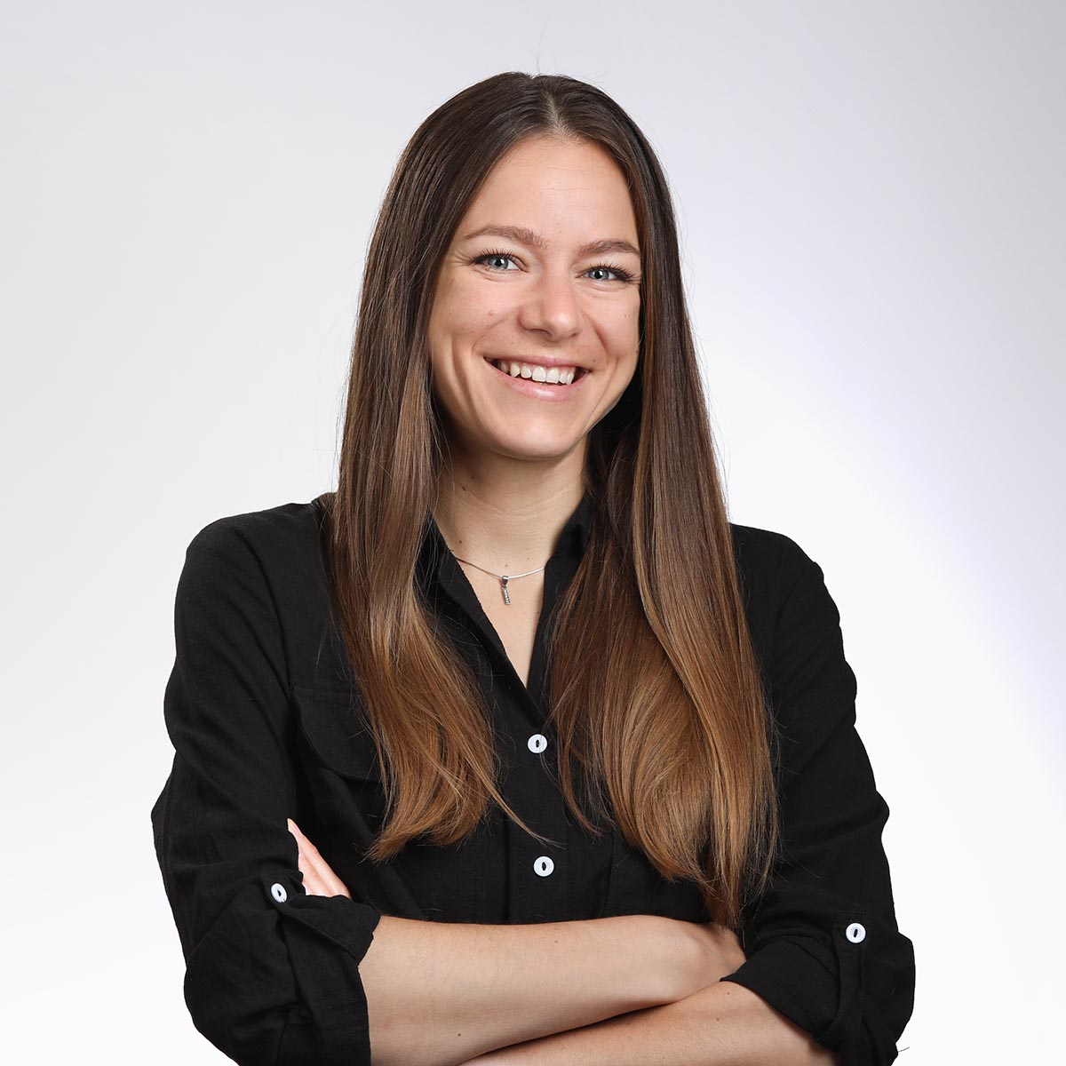 female casual silicon valley headshot