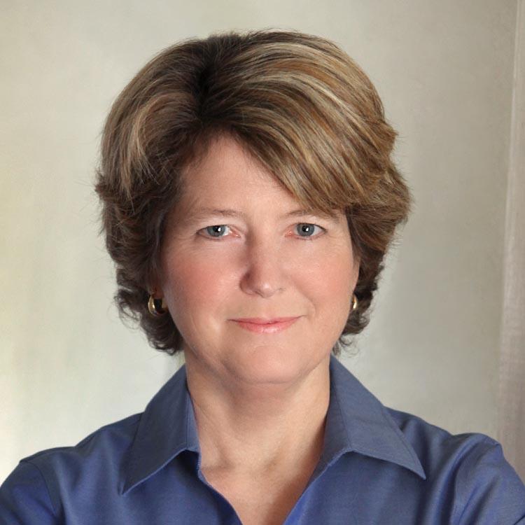 a female lawyer headshot for linkedin